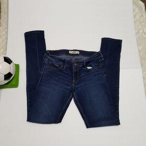 Hollister Skinny Jean  3R, W 26, L 31
